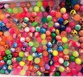 3 unidades de goma bola elástica bola flotará en el agua/esmerilado/shine noche/play/doble color mate/elástico pelota de juguete