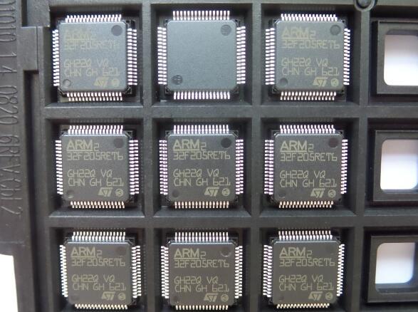 10 pcs/lot STM32F205 STM32F205RET6 QFP