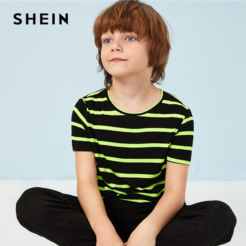 купить SHEIN Kiddie Toddler Boys Neon Striped Colorblock Casual Tee Teenager T-Shirt 2019 Summer Short Sleeve Children Tops And Tees по цене 800 рублей