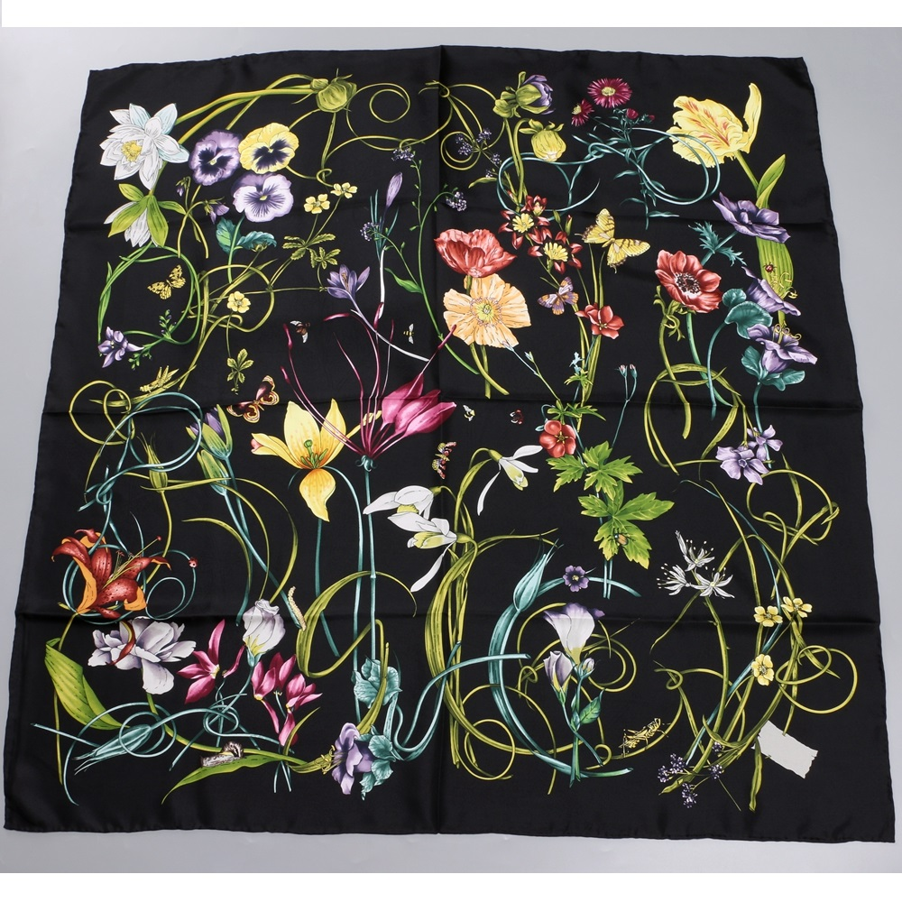 "Image 5 - 35"" X 35"" Floral Prints 100% Twill Silk Scarf Women's Fabulous Large Square Silk Shawl Foulard Head Scarves-in Women's Scarves from Apparel Accessories"