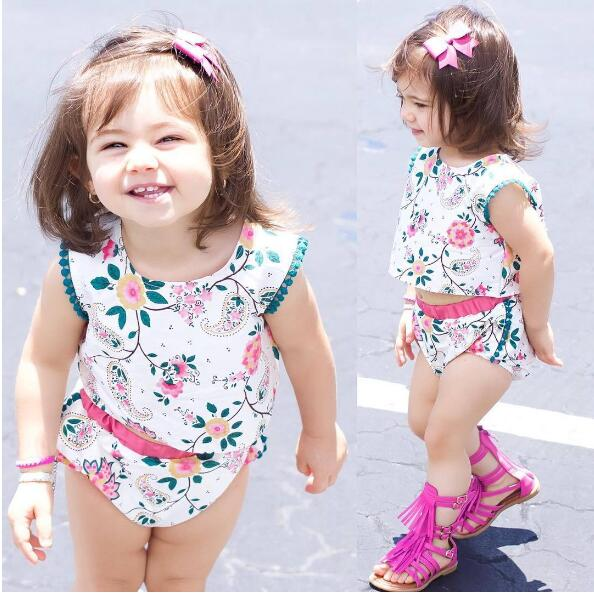 2017 baby girl clothing 2pcs summer baby Sleeveless suit girls fashion clothing set Floral girl clothes newborn sport suits