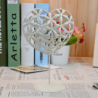 Europe Style Hollow Out Heart Pattern Candle Holder Creative Household Iron Art Decoration Romantic Wedding Candle