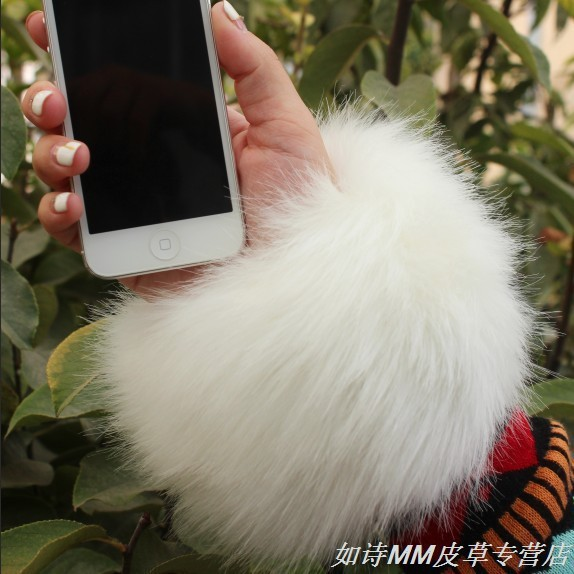 Apparel Accessories Winter Warm Oversized Leather Fur Cuff Bracelet Gloves Multicolored Women Faux Fox Fur Wrist Guard Sleeves White/black/red/gray Clearance Price