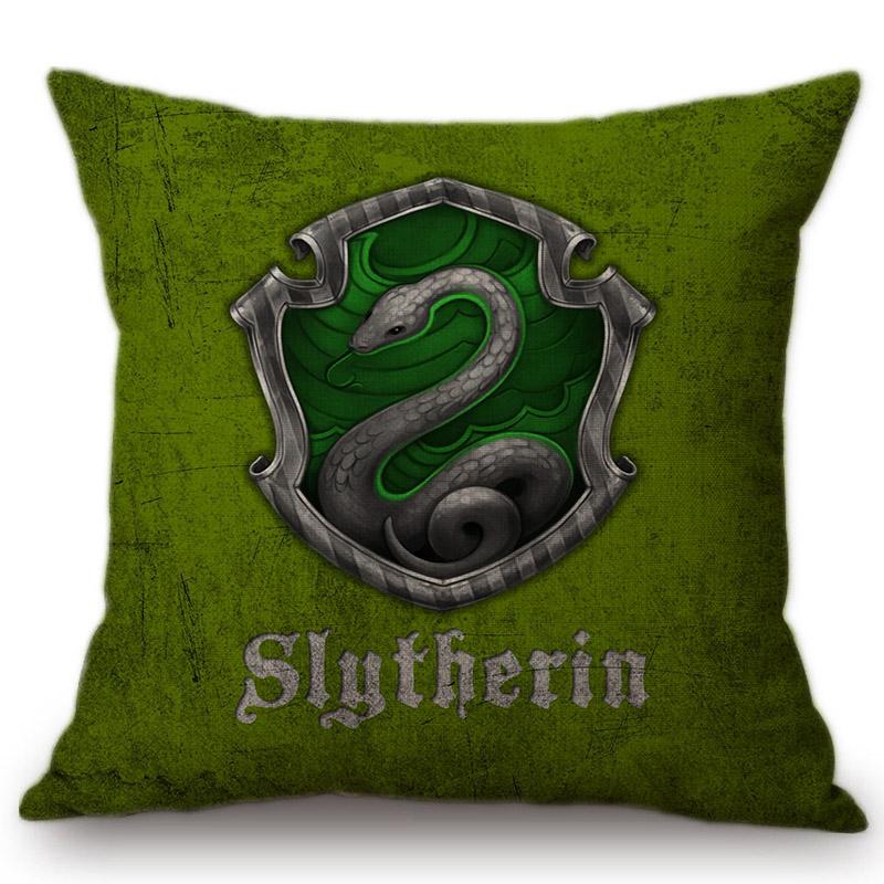 419f31688a36 Vintage Harry Potter 4 Domy Logo Symbol Domu Sofa Poduszki ...