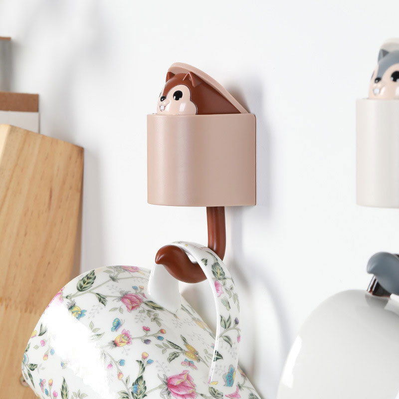 Creativity Outstretch Squirrel Hook Coat Wall Hook Key Holder Wall Home Decoration Kitchen Hook Bathroom Accessories Coat Hanger
