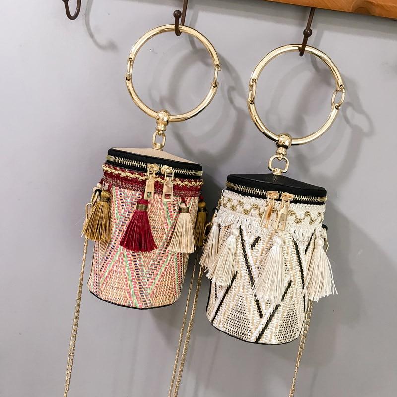 Tassel Shaped Straw Bags Ring Metal Handle Handbags Women Fashion Knit Bucket Mini Cylindrical Messenger Purses 4