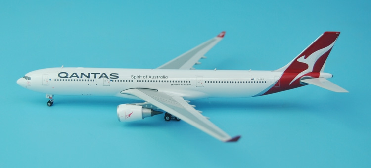 new Fine Phoenix 1: 400 04115 Australian Airways A330-300 VH-QPJ Alloy aircraft model Collection model Holiday gifts fine phoenix 1 400 11198 thai airways b787 8 hs tqb alloy aircraft model collection model holiday gifts