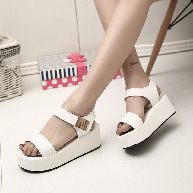 Fashion Flat Platform Women Sandals Low Wedges Heels Summer Sandals Sexy Peep  Toe Leather Comfortable Ladies