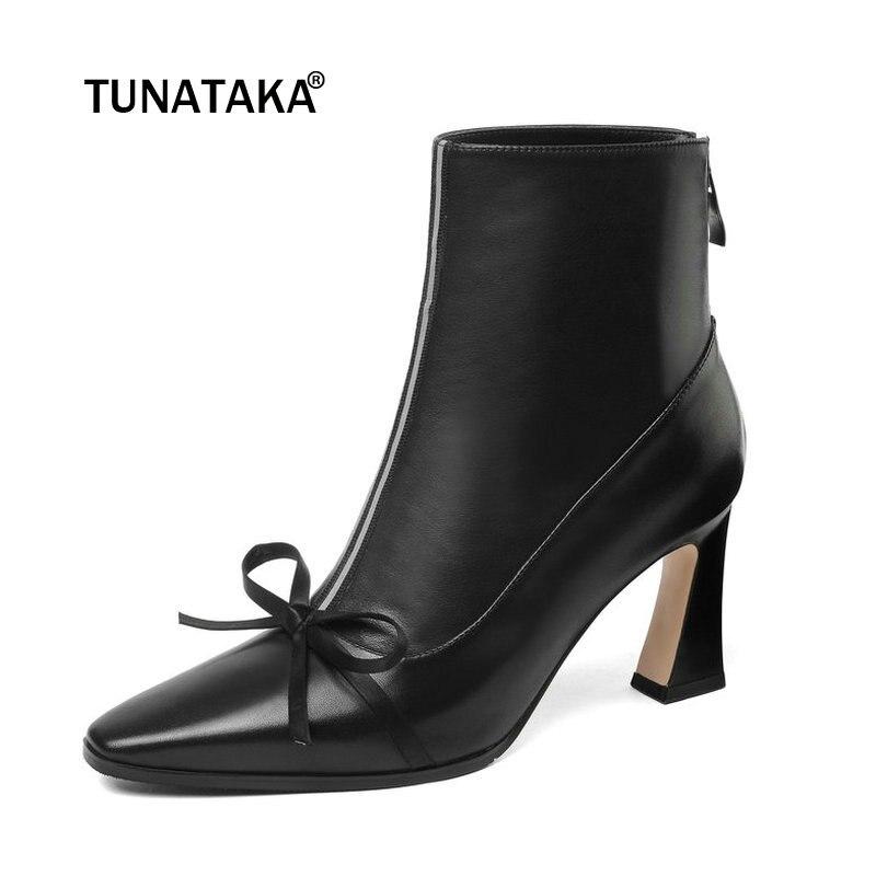 купить Women Genuine Leather Hoof Heel Ankle Boots Fashion Zipper Boots Ladies Bow Knot Pointed Toe Fall Winter Shoes Black по цене 4742.15 рублей