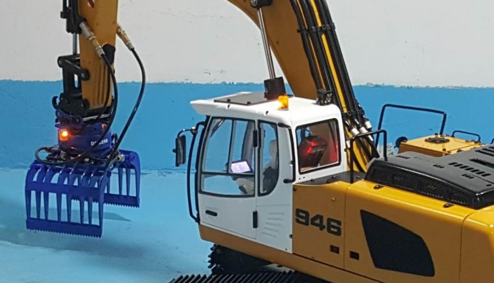 1/14 RC Metal Hydraulic Excavator 946 - 7