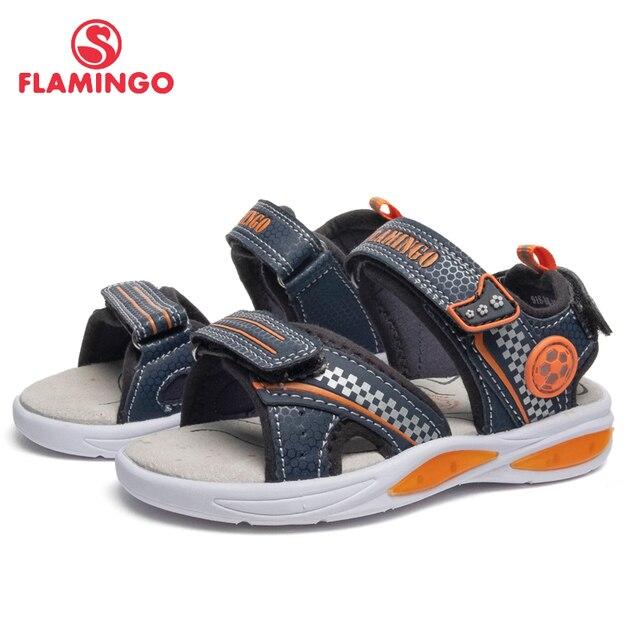 Сандалии Фламинго для мальчиков 91S-BK-1245, кожаная стелька, застежка – липучка, подошва со светодиодами, для приятных  прогулок, размер 25-31.
