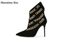 Moraima SNC 2018 Лидер продаж женские ботильоны с острым носком сапоги на высоком каблуке бархат металлическая цепь украшения узкая полоса вечерн