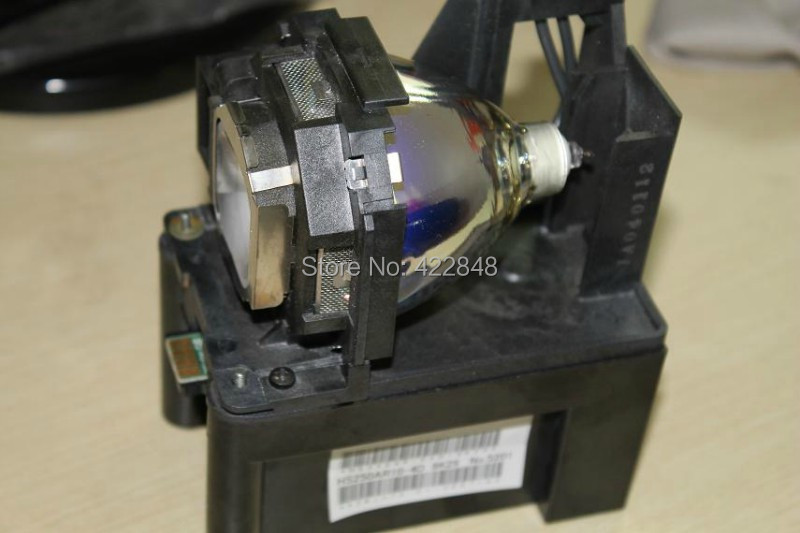 Compatible Projector Lamp ET-LAF100 for Panasonic PT-F200NTU / PT-F200U / PT-F200 / PT-FW300NTU / PT-FW300U / PT-F300NTU compatible et lae500 projector lamp for panasonic pt ae500 pt ae500e pt ae500u pt l500u