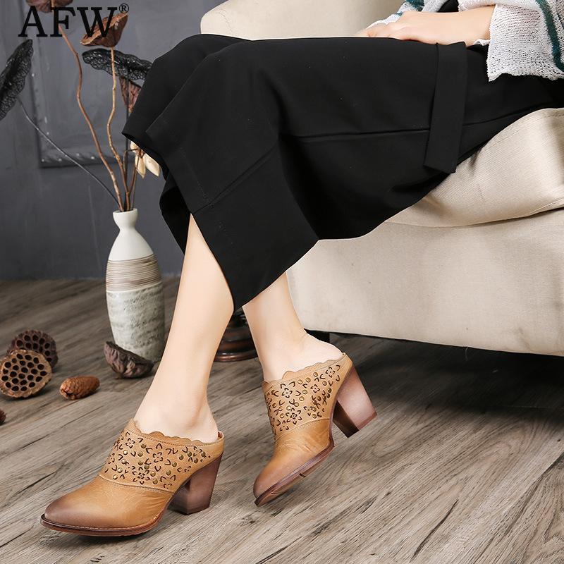 Компания afw женщин кожи мулы острым носом 7 см высокие каблуки женщин тапочки Весна вышивка женщины кожаные тапочки Ретро обувь ручной работы