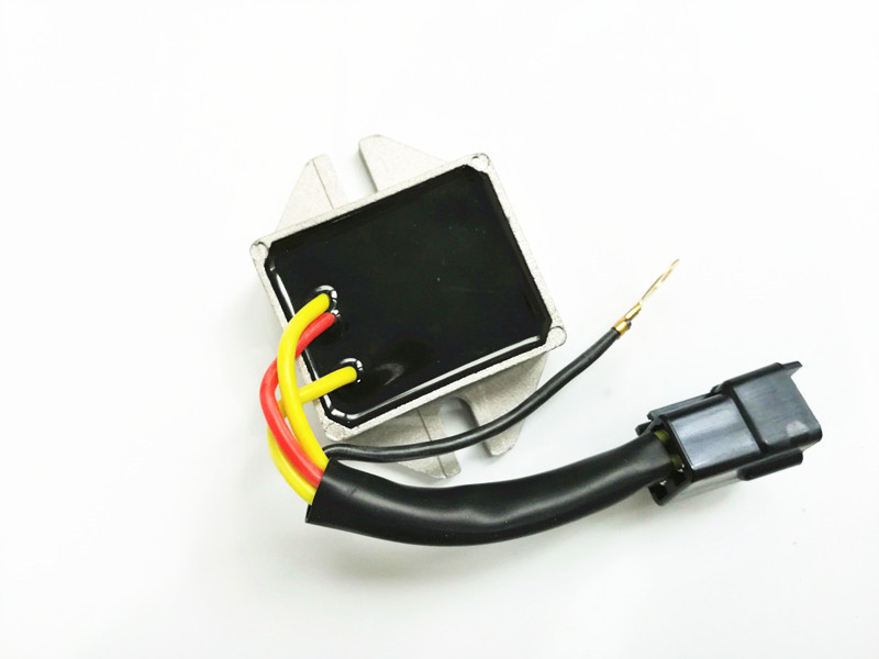 Voltage Regulator For Ski Doo Safari 377 447 503 503R 1987 1994 MXZ X 440 Racing