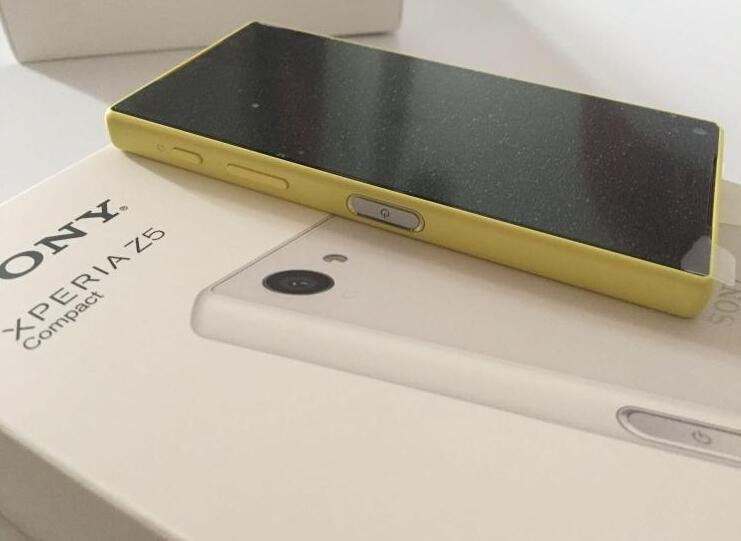 Sony Xperia Z5 קומפקטי E5823 המקורי GSM נעולים אנדרואיד Quad-Core&Quad Core 2GB 3G ו-4G z5mini 32GB ROM