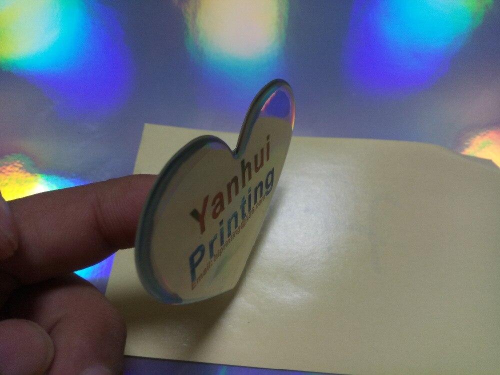 O adesivo feito sob encomenda do logotipo
