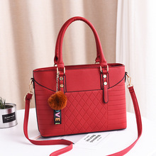 2019 Fashion Large Capacity Tassel Handbag Ladies Soft Leather Ladies Messenger Bag Messenger Bag Shoulder Bag Female Handbag недорого