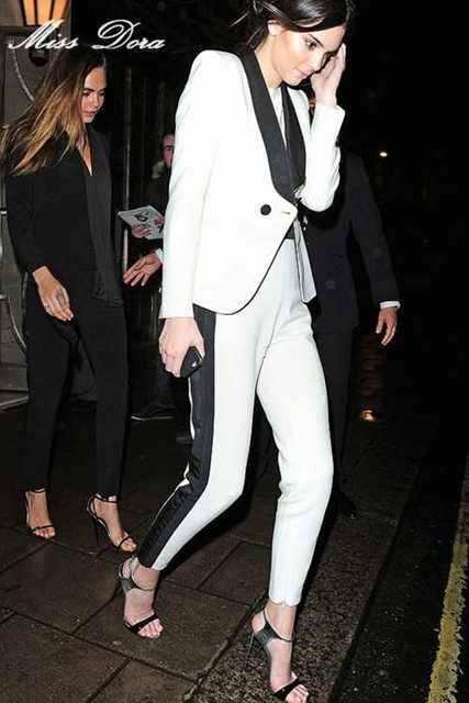 e799a897b4d4e 2016 Autunno Inverno New Fashion Bianco Tailleur Pantalone Formale Set Per  Le Donne manica Lunga Doppio