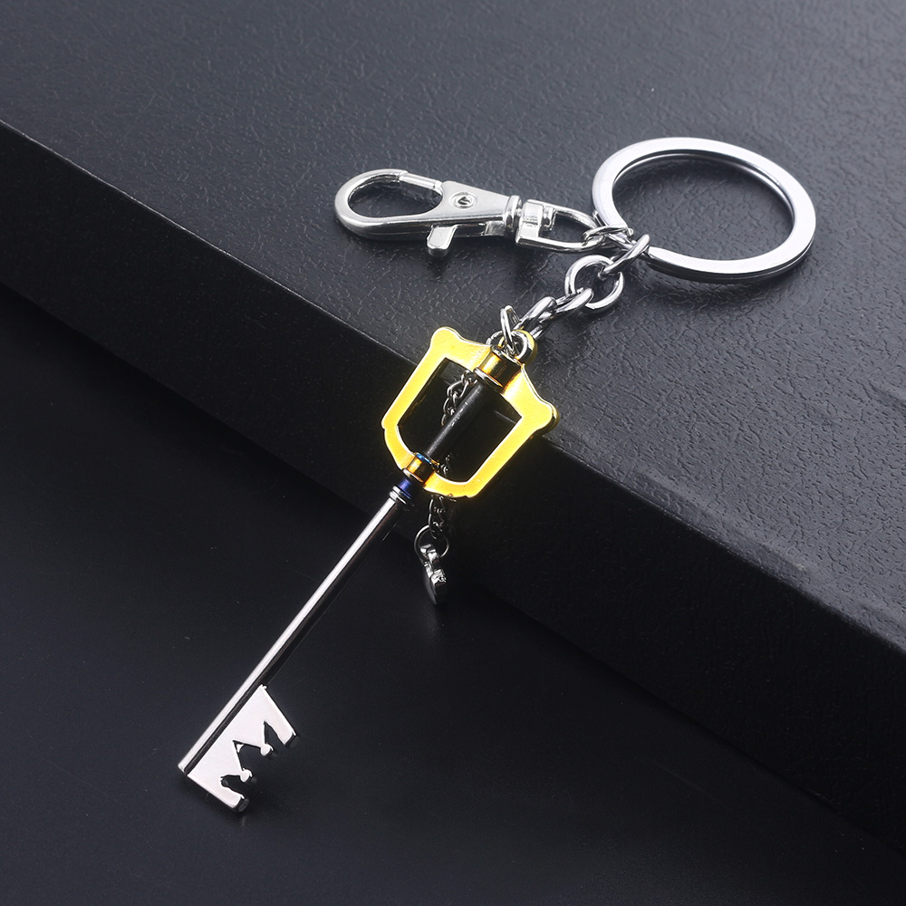 Kingdom Hearts Sora Keyblade Keychain Key Shape Weapon Pendant Key Chain For Women Men Choker Keyring Souvenir Jewelry Gift
