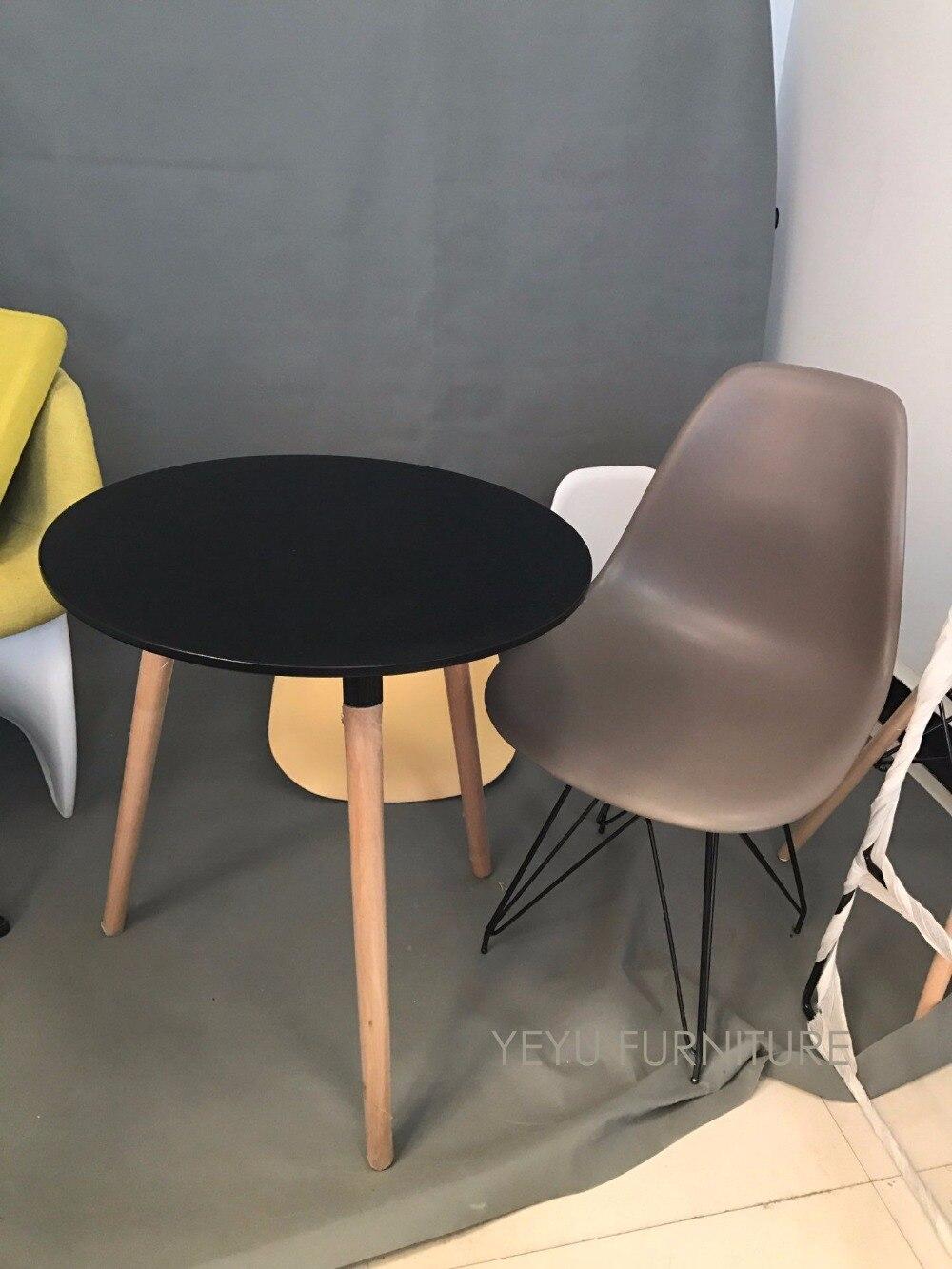 Minimalistischen Modernen Design Kunststoff und schwarzen metallfuß ...