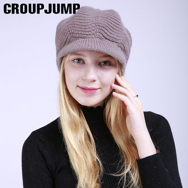 938b8413f3c08 MUSEYA Women Winter Hats Fashionable Knit Beanie Cap Hat Warm with Fluffy Ball  Top for Women Girls