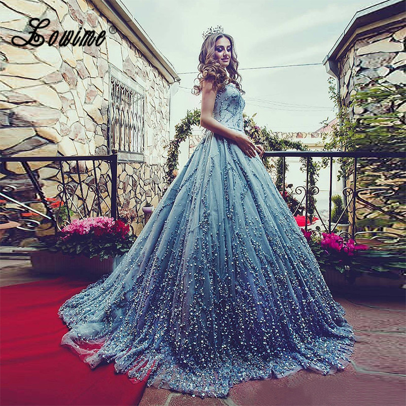 Shiny Rhinestone Ball Gown Wedding Dress Handmade Beaded Blue Tulle Princess Long Bridal Gown 2017 Plus Size Wedding Dresses
