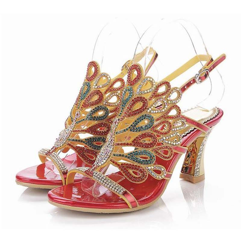 ФОТО hot sale 2016 peacock rhinestone high heeled sandals gladiator fashion bling bling thick heels buckle summer women party shoes