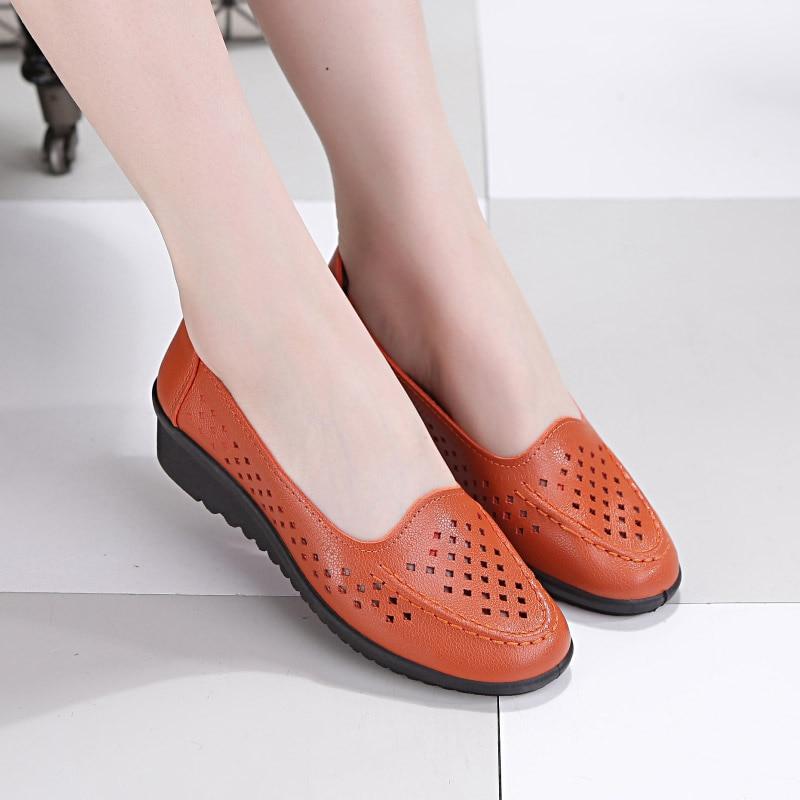 Women Shoes 2018 Spring Fashion Slip On Comfortable Walking Shoes Women's Footwear Flat Shoes Plus Size Mother Shoes