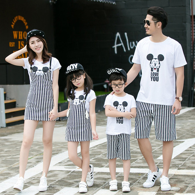 2017 Fashion Family Matching White Clothes Set Summer Cartoon Mickey Shirt+Striped Pants/Dress Family Look Minnie Clothing Set