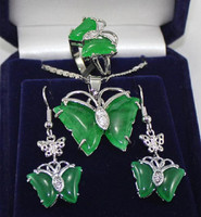 wholesale Cheap natural Set Green GEM Butterfly Pendant SET Ring Jewelry for women real natural beads