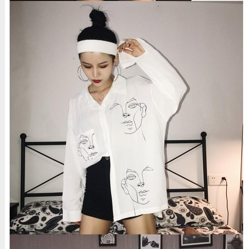 Women sexy Black White sweet retro wind shirts Female Spring Summer loose thin sketch portrait print long batwing sleeve shirt