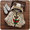 НОВЫЙ бренд моды baby дети одежда толщиной верхняя одежда мультфильм медведь стиль пальто для девочек мальчиков осенью и зимой флис теплый пиджаки