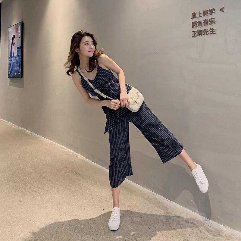 Sling Off Shoulder Sleeveless Striped Jumpsuit 2019 New Fashion V-Neck High Waist Nine Points Wide Leg Jumpsuit Summer 2