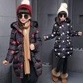 Novo Inverno Longo Meninas Moda Jaqueta Casaco Acolchoado de Algodão Grosso Roupa Dos Miúdos Estrelas Impressão Vermelho Branco Outwear