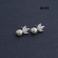 Promotions Temperament Lady Lady Inlaid Zircon Leaf Pearl 925 Silver Ear Stud Fashion Jewelry for Women's Fashion Gifts