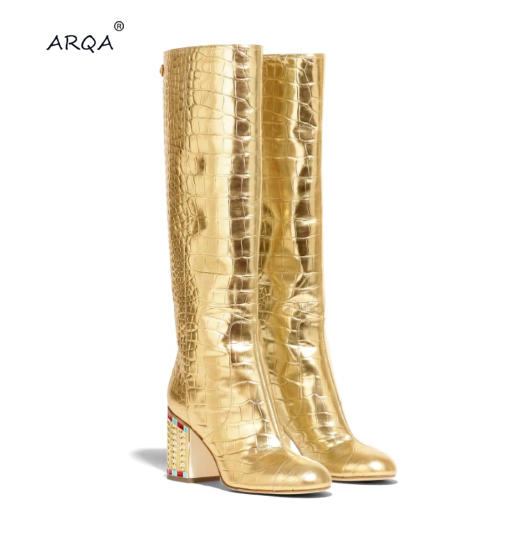 New European and American Golden Plating and Sleeve Walking Show Brand Mid-barrel Boots Fashionable Crocodile-grain Women's Boot image