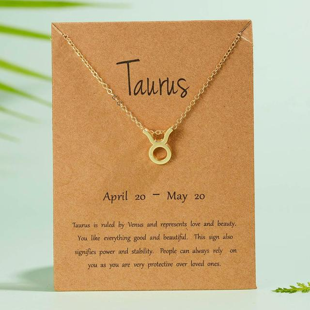Elegante signo del zodiaco de la estrella femenina. 12 collares de la constelación. Dije y cadena dorada para mujeres