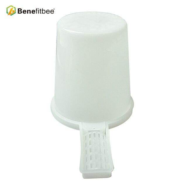 Benefitbee 2 pz Strumenti di Apicoltura Ape Alimentatore Per Apicoltore Apicoltura Attrezzature Forniture medio formato di plastica ape alimentatore