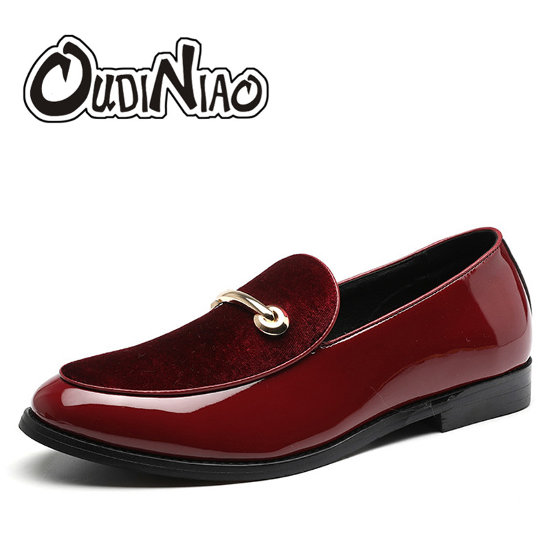 OUDINIAO Metal Mens Shoes Casual Big Sizes Pointed Toe Slip On Shoes Men Loafers Solid Men Shoes Luxury Fashion 2018 Vintage