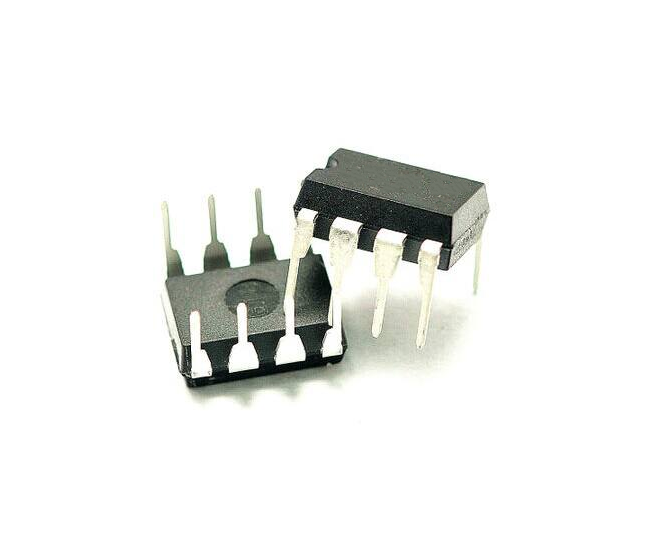 4pcs/lot <font><b>AD633JN</b></font> AD633 Low Cost Analog Multiplier DIP-8 In Stock image
