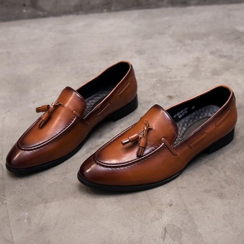 Yomior mode bout pointu hommes de haute qualité en cuir véritable hommes chaussures de luxe Designer décontracté mâle formel robe de mariée chaussures