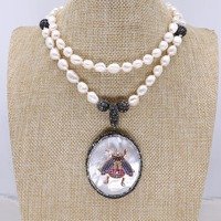 Natural shell pendant with beetles pendant necklace handmade pearls strand jewelry necklace fashion jewelry gift for lady 4125