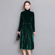 5XL Frauen Grün Schwarz Samt Kleid Winter Rollkragen Kleid Langarm Vintage  Plissee Kleider Plus Größe Frauen Kleidung Vestidos a19370bb73