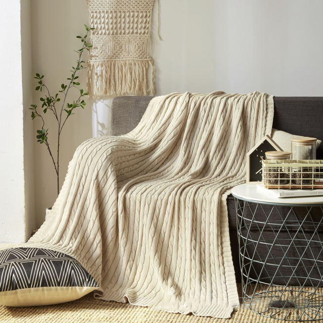100% Cotton Nordic Solid Knitted Blanket