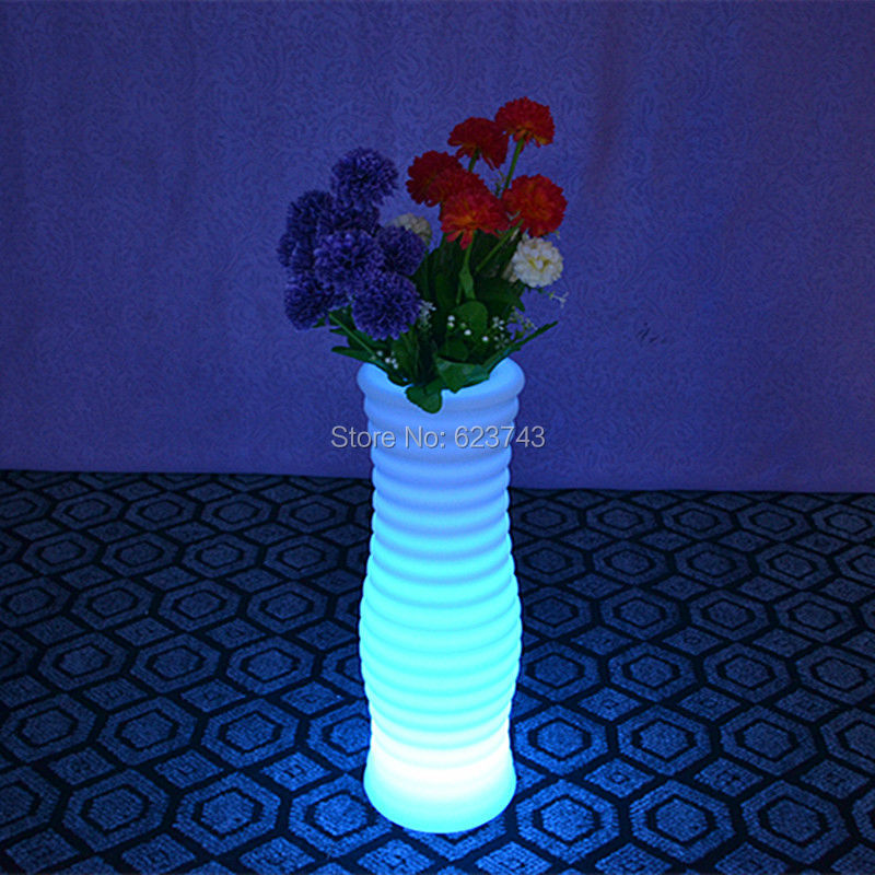 1 piece 24 Keys Remote control Colorful Changeable Wavy Cylindrical Led Luminous flash flower pot of indoor Luminous pot