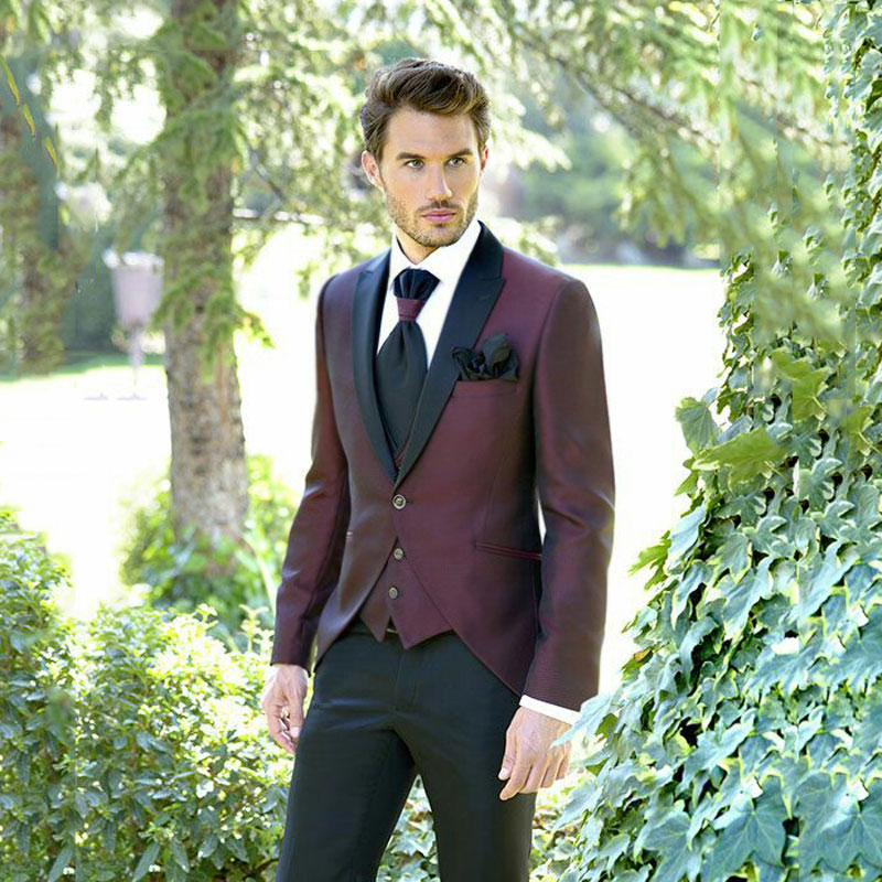 Italy Men Suits For Wedding Burgundy Men Suit  Groom Tuxedos 3Piece Black Peaked Lapel Slim Fit Terno Masculino Trajes De Hombre