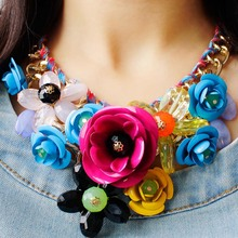 New Fashion Colored Flowers Artificial Pendant Woven Cotton Rope Necklace Short Clavicle Exaggerated Women With Accessories