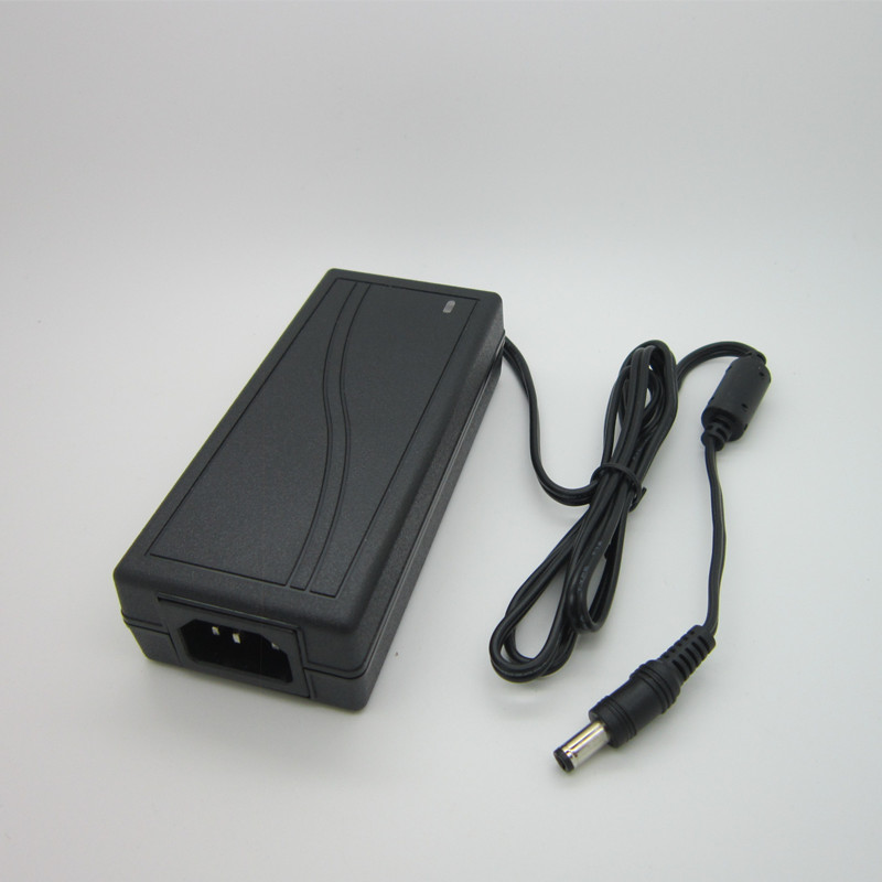 цена на The new high-quality switching power supply 12V 6A 12 V 6A DC power 72W AC DC adapter, protection line, free shipping