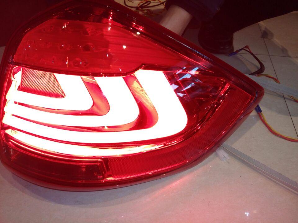 Free shipping for VLAND Car tail lamp led Rear lamp For Suzuki Ertiga R3 2012 2014 Taillight